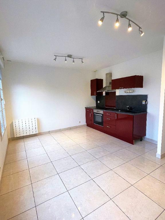 Appartement Pontarme 1 pièce(s) 26.35 m2