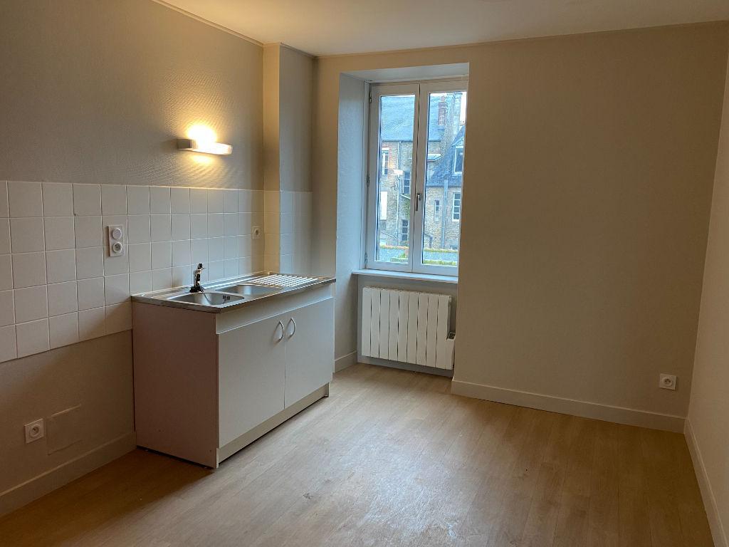 A louer Appartement centre de  Dinan 2 pièce(s)